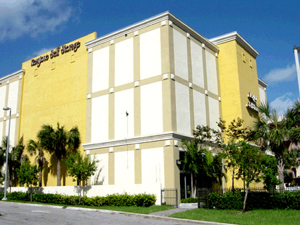 We are here to make your we are here to make your commercial building look new and beautiful. Give Painting Contractor and Waterproofing Pompano Beach a call at 954-876-4442 today.